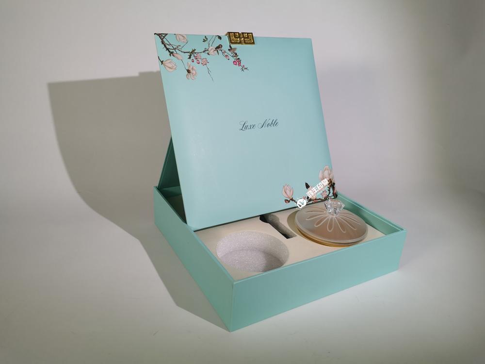 燕窩精裝禮品包裝盒02.jpg